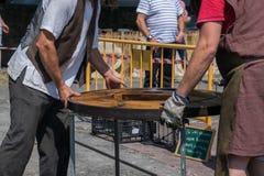 Veda ³ BÃ, Луго, Испания, 14-ое июля 2018: Ремесленничество справедливое Outrora Rubian стоковые фотографии rf