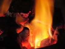 Vedträbränning i ugnen Fotografering för Bildbyråer