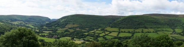 Veduta d'insieme della valle del priore di Llanthony Immagini Stock Libere da Diritti