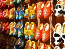 veel houten schoenen, belemmeringen Stock Foto
