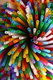 Veel kleurrijk stro voor dranken Royalty-vrije Stock Foto