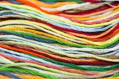 Veelkleurige het naaien dradentextuur Royalty-vrije Stock Afbeelding