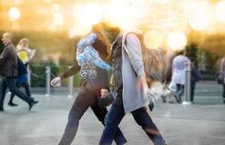 Veelvoudig blootstellingsbeeld van lopende mensen in Londen Bedrijfs conceptenillustratie royalty-vrije stock fotografie