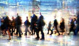 Veelvoudig blootstellingsbeeld van lopende mensen in Londen Bedrijfs conceptenillustratie royalty-vrije stock foto