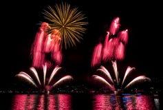 Veelvoudig Vuurwerk stock foto