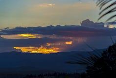 Veelvoudige esposure van het allerlaatste stadium van een zonsondergang stock fotografie