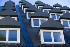 Veelvoudige gesloten vensters Stock Afbeelding
