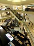 Veelvoudige vloeren binnen Beverly Center het High-end winkelcomplex Royalty-vrije Stock Fotografie