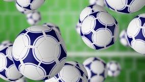 Veelvoudige voetbalballen die tegen poort en groen grasgebied vallen het 3d teruggeven Stock Fotografie