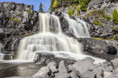 Veelvoudige watervallen Stock Foto