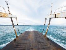 Veerboot aan Koh Chang in Thailand Royalty-vrije Stock Foto