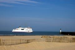 Veerboot in Calais, Frankrijk Royalty-vrije Stock Foto