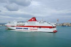 Veerboot in de haven van Ancona in Italië stock foto's