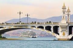 Veerboot in de haven van Xiaguan Nieuwe Dali Royalty-vrije Stock Foto's