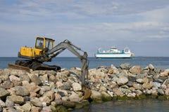 Veerboot die Haven verlaat Stock Afbeeldingen