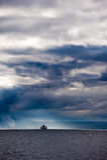 Veerboot en stormachtige hemelen Royalty-vrije Stock Afbeelding