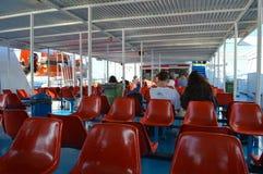 Veerboot in Piraeus haven, Athene, Griekenland op 19 Juni, 2017 Royalty-vrije Stock Afbeeldingen