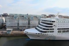Veerboot Victoria door Silja Line-bedrijf in de haven van Stockholm Royalty-vrije Stock Afbeelding