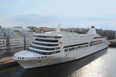 Veerboot Victoria door Silja Line-bedrijf in de haven van Stockholm Stock Foto's
