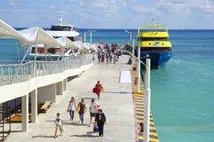 Veerbootdok in Playa del Carmen, Mexico royalty-vrije stock foto