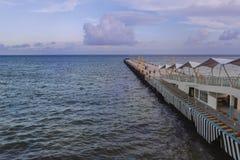 Veerbootpijler in Playa del Carmen Mexico royalty-vrije stock afbeeldingen