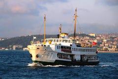 Veerboten van Istanboel stock foto's
