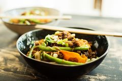 Vegan stir fry made with pulled oats Royalty Free Stock Photos