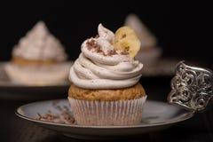 Vegane香蕉杯形蛋糕 免版税库存图片
