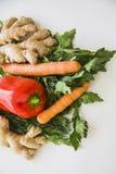 Veganistvoedsel op wit Royalty-vrije Stock Afbeeldingen