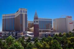Vegas en los casinos famosos diurnos imagenes de archivo