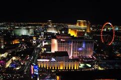 Vegas przy nocą z czerwonym kołem obrazy stock