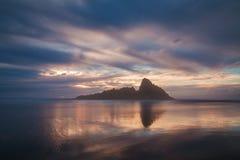 Vegende mening van de kust van Oregon, mijlen witte zandige stranden, overzeese stapels en oceaangolven Vreedzaam Noordwesten, Or royalty-vrije stock afbeeldingen