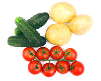 Vegetable ассортимент изолированный на белой предпосылке Зрелые томаты органические картошки огурцы свежие Здоровые салаты осени Стоковая Фотография RF