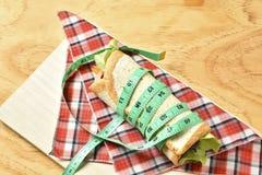 Vegetable крен на деревянной предпосылке, еде диеты потери веса Стоковые Фото