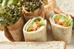 Vegetable крен на деревянной предпосылке, еде диеты потери веса Стоковые Изображения RF