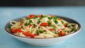 Vegetable макаронные изделия на черной предпосылке стоковые изображения rf