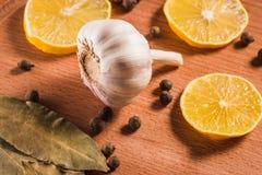 Vegetable плодоовощ и condiments на деревянной предпосылке Стоковая Фотография