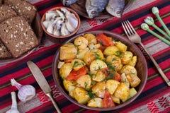 Vegetable тушёное мясо в плите, конце вверх Стоковое Изображение RF