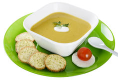Vegetable cream soup with crackers Royalty Free Stock Photos