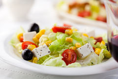 Vegetable salad with goat cheese Royalty Free Stock Photos