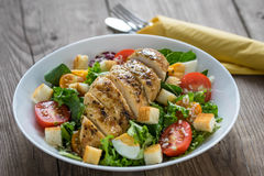 Vegetable salad with roasted chicken meat Royalty Free Stock Photography