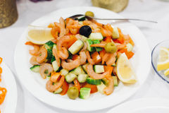 Vegetable salad with shrimp and mussels Royalty Free Stock Photos
