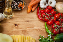 Vegetable and spaghetti pasta Stock Photography