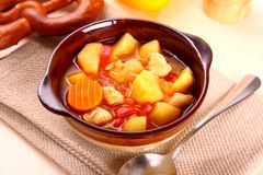 Vegetable stew with chicken and potato Royalty Free Stock Photos