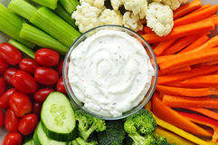 Vegetables And Dip Royalty Free Stock Photos