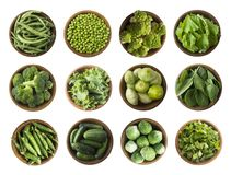 Free Vegetables Isolated On A White. Squash, Green Peas, Broccoli, Kale Leaves And Green Bean In Wooden Bowl. Vegetables With Copy Spac Royalty Free Stock Images - 157115029