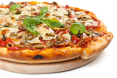 Vegetables and mushrooms vegetarian pizza Royalty Free Stock Photography