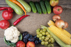 Vegetables: onions, peppers, cabbage, tomatoes, corn Royalty Free Stock Photos