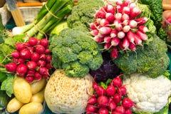 Vegetais coloridos para a venda Imagens de Stock Royalty Free