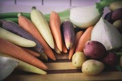 Vegetais coloridos prontos para receitas ou cozimento Foto de Stock